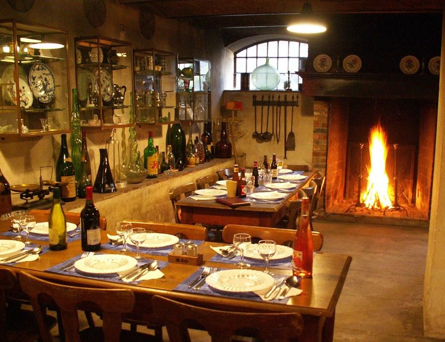 Taverne salle dressee